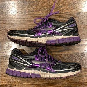 Brooks Adrenaline GTS 14 Running Shoe
